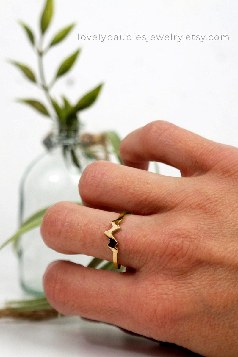 Three Peak Mountain Ring 14k Gold