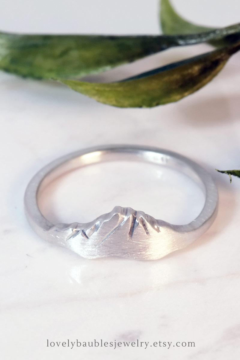 Custom Mountain Ring Washington